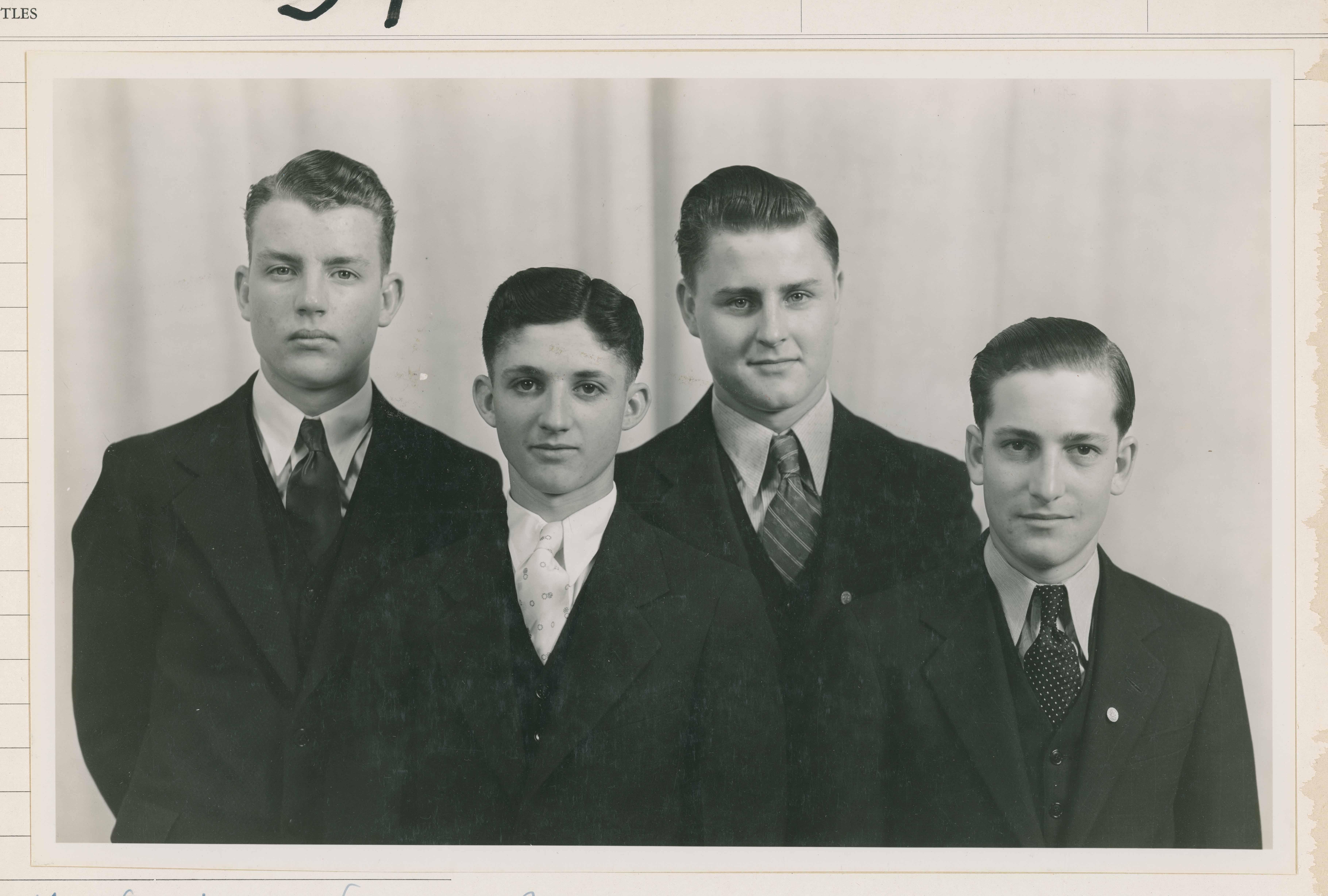 1934 1935