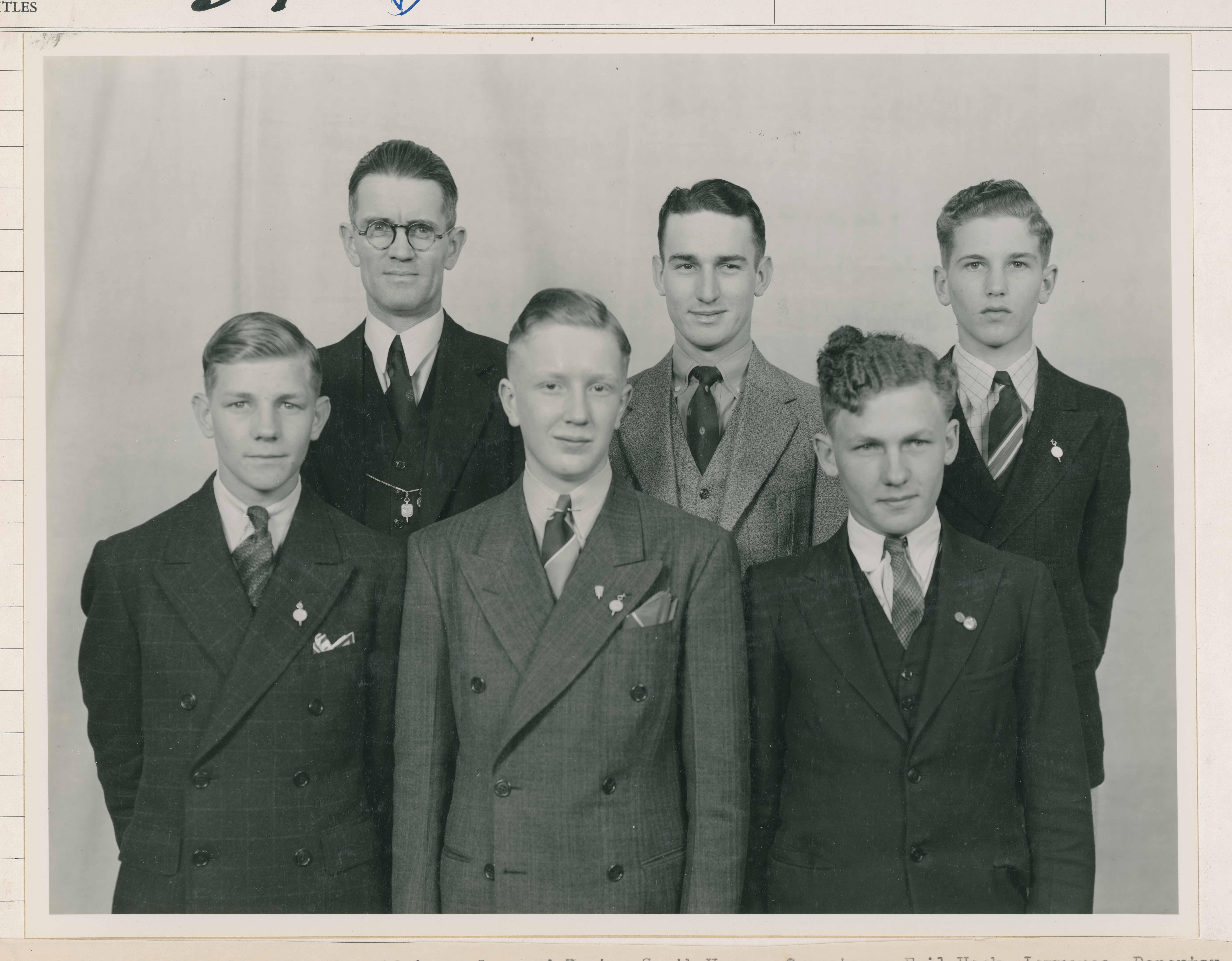 1937 1938